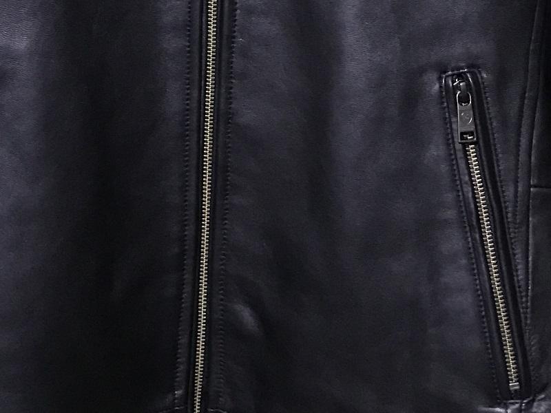 私のシングルライダースジャケットポケット