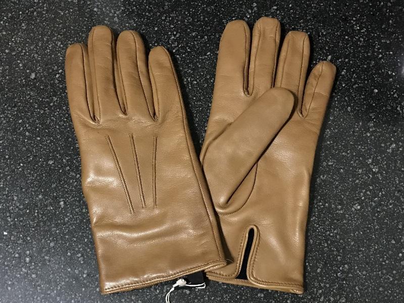 メローラの革手袋